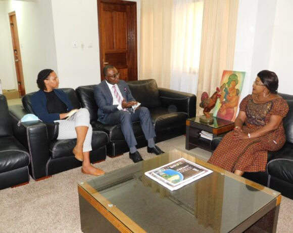 DRC Office meets with the CRC Ministry of Social Affairs